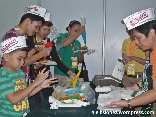 Thanks Krispy Kreme for the doughnuts. Even the adults enjoyed it. Haha. Picture don't lie :D